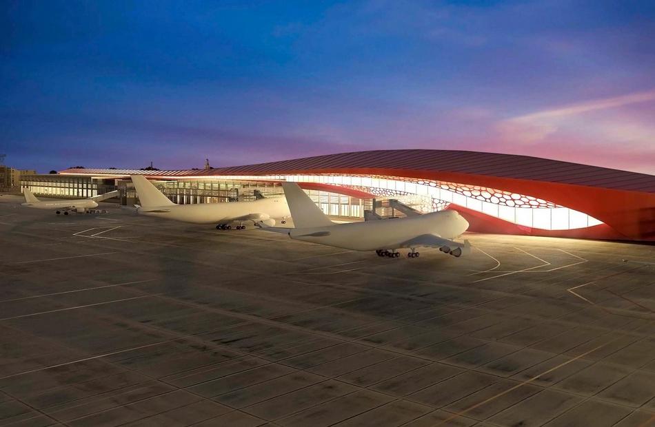 Путину иНазарбаеву презентуют челябинский аэропорт вминиатюре