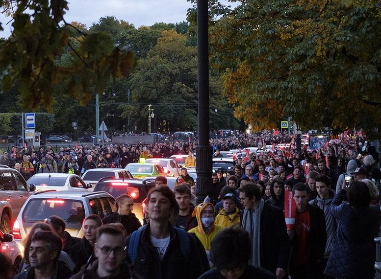 Суд признал преступным запрет митинга Навального вПетербурге