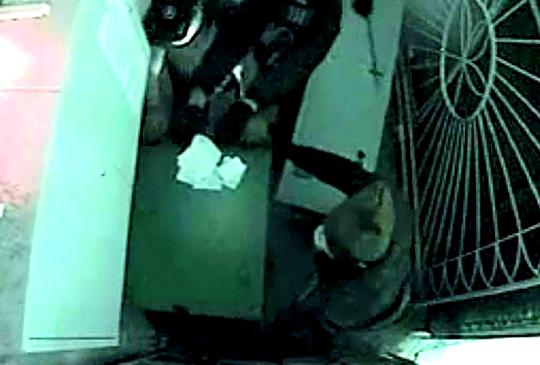 Трое граждан Озёрска пытались похитить банкомат спомощью угнанного автомобиля УАЗ