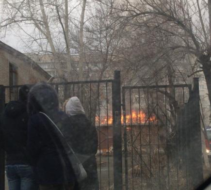 ВЕкатеринбурге загорелось строение натерритории детского сада