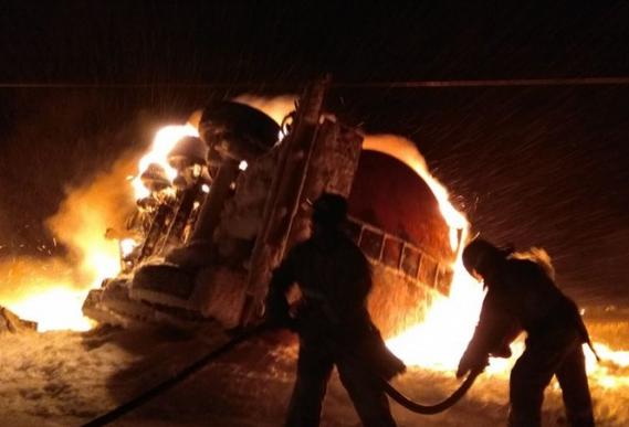 ВБашкирии сгорел бензовоз